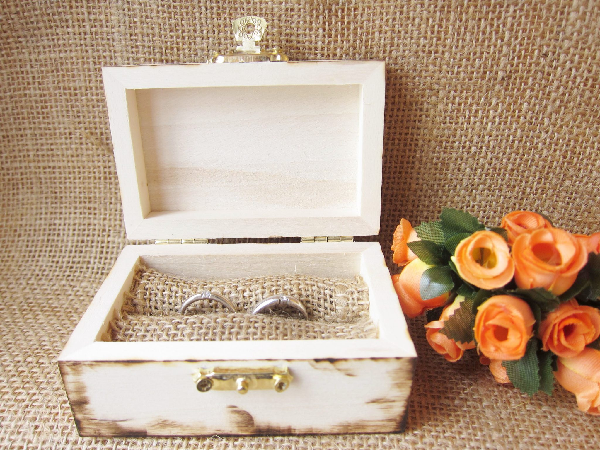 wedding ring box gunny